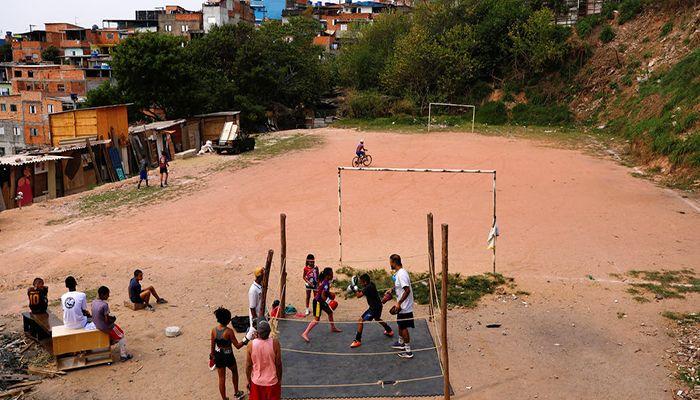 Boxing Offers Escape Valve for Favela Children in Brazil
