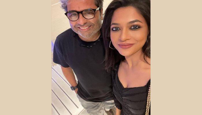 Azmeri Haque Badhon with Bollywood filmmaker Vishal Bhardwaj    Photo: Collected